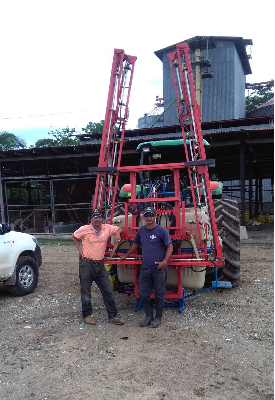 Spray boom AGUIRRE 800 litros